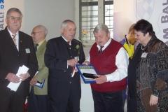 DFB-Ehrenpreis Adi Murr